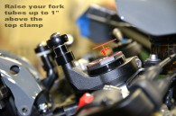 930567_ZX10R_Steering_Damper_Riser_Kit_2_Zoom__20626_1570732570